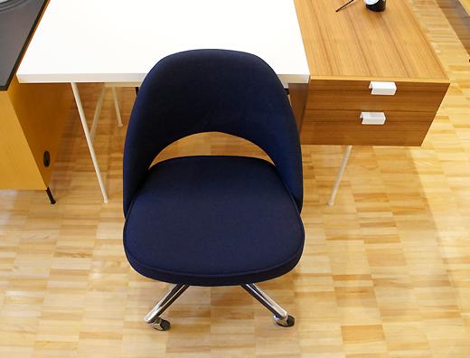 エーロ・サーリネン 72サイドチェア ノル Eero Saarinen 72 Side Chair With Caster Knoll