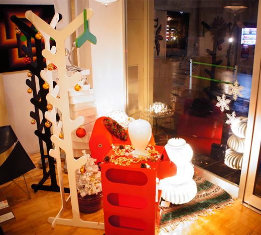 メトロクスの12月 クリスマスディスプレイに変更しました!
