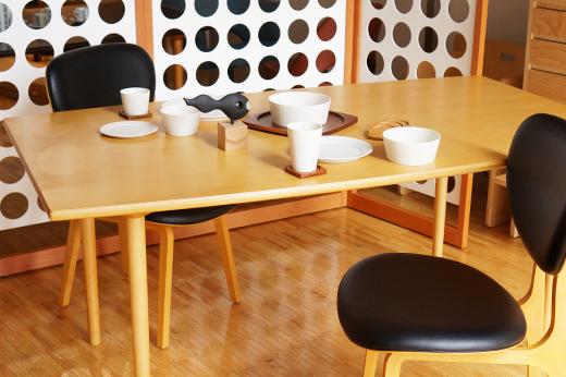 マッシュルームベーステーブル レクタングル