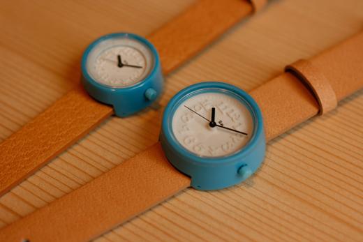 小さな腕時計