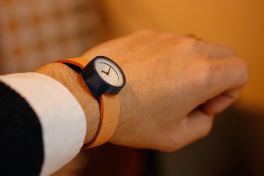 小さな腕時計 小
