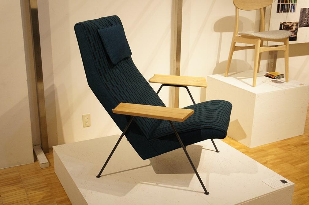 chair-min